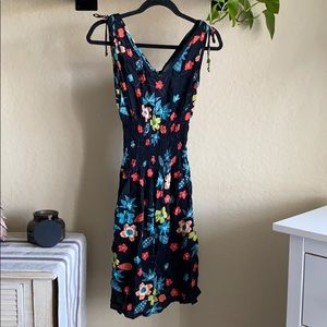 Lucy love black floral sleeveless dress